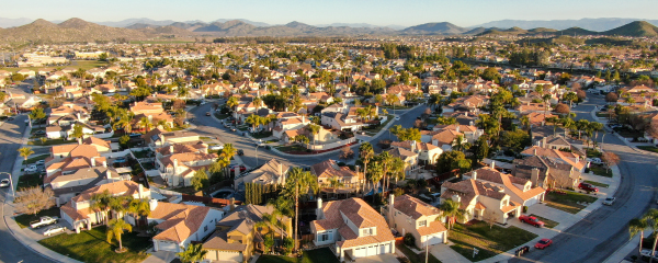 Why People Are Fleeing California (and Some Other States)